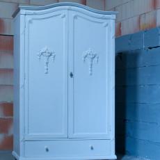 Antiker Kleiderschrank, Dielenschrank, Jugendstil, weiß, restauriert