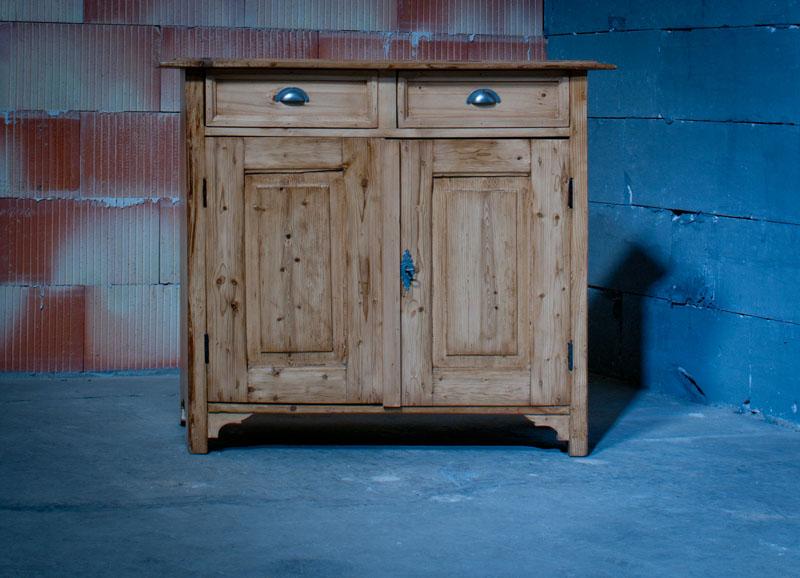 kleines sideboard schrank 9. Black Bedroom Furniture Sets. Home Design Ideas