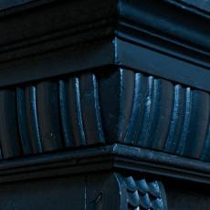 antiker Bauernschrank, Kleiderschrank, schwarz, restauriert